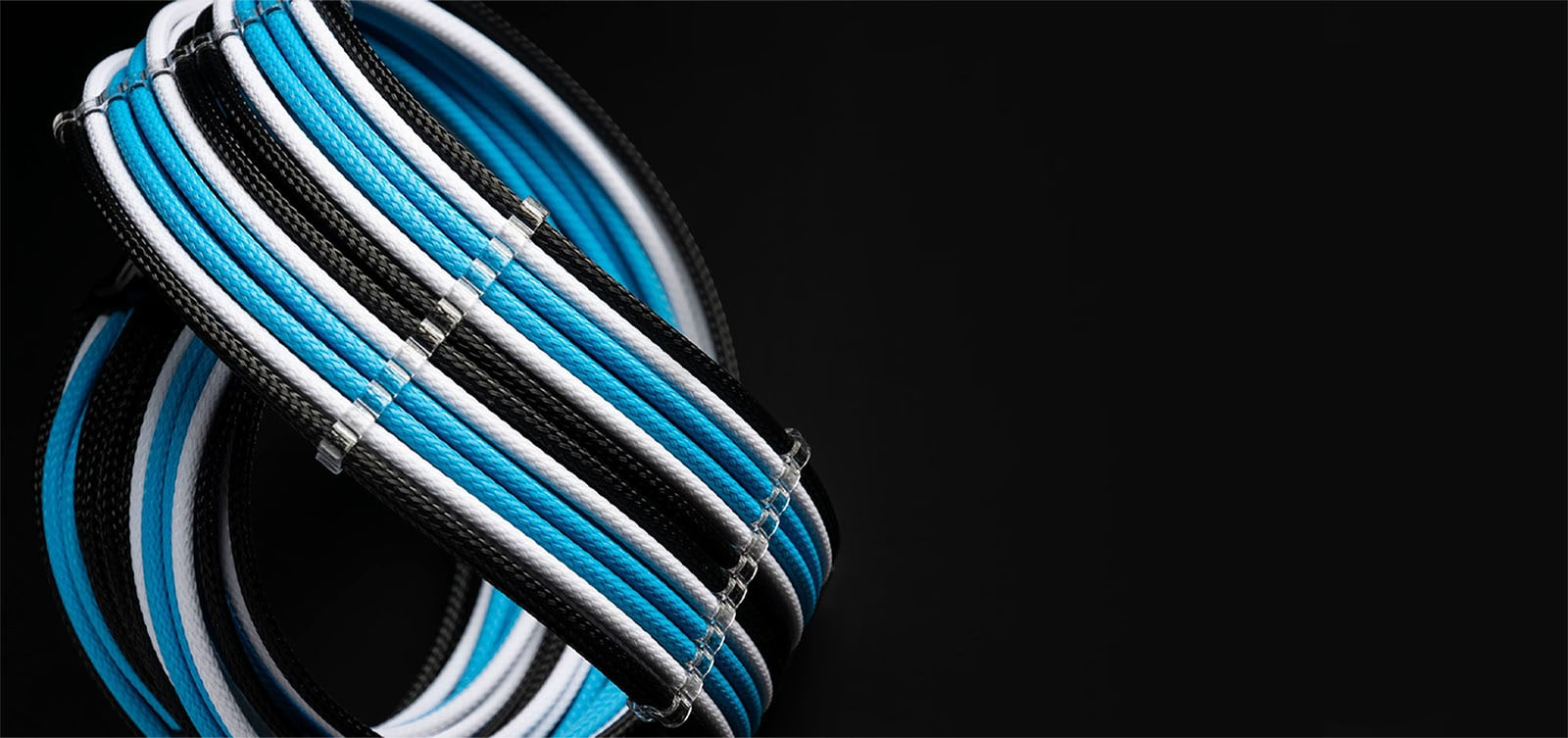 mod-one custom sleeved pc cables bullet points